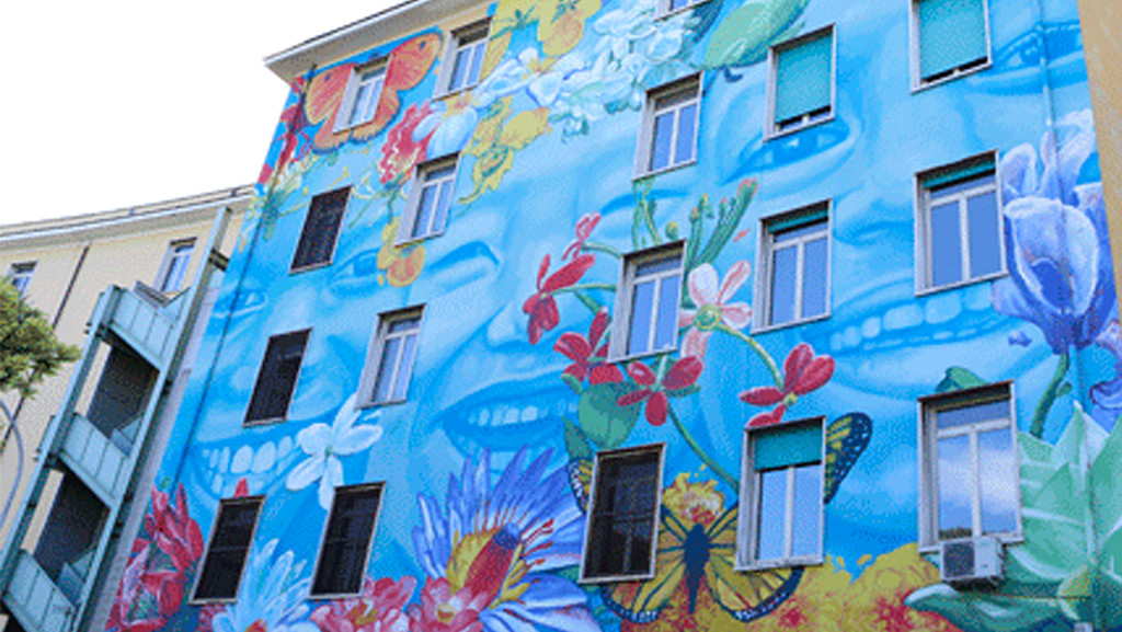 Building with mural painted on it